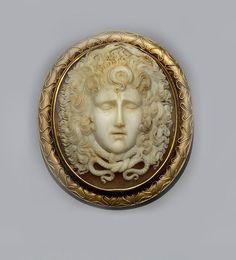 A Victorian shell cameo brooch.   © Bonhams 2001-2014