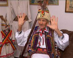 Cine sunt Gugulanii? - voci româneşti History Facts, Romania, Painting, Movies, Painting Art, Paint, Painting Illustrations, Paintings