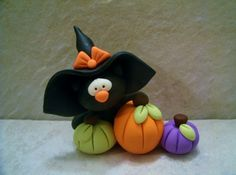 Black Cat - Witch Hat - Glow in the Dark Eyes - Pumpkin Trio - Halloween - Figurine