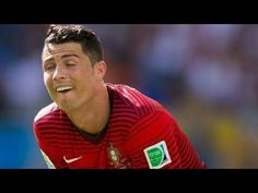 """brings to you Football Funny Momentos of Famous Footballers - Funny Moments & Fails. Click """"Show more"""" to find the name of the songs and . Funny Pranks, Funny Fails, A Funny, Funny Posts, Goals Football, Football Gif, Football Videos, Neymar, Messi"""