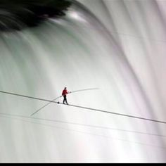 Nik Wallenda, Niagara Falls Tightrope Walker, Crosses 1,800-Foot Chasm Between U.S. & Canada June  2012