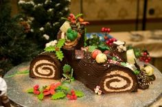 Official Disney recipe for a holiday yule log! This is the same log you can get at Disneyland