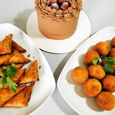 Lanche vegetariano Snack, Cornbread, Ethnic Recipes, Food, Vegetarian, Ideas, Ethnic Food, Appetizers, Millet Bread