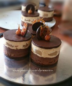 French Tart, Mousse, Something Sweet, Desert Recipes, Mini Cakes, Bakery, Cheesecake, Food And Drink, Sweets