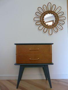 Table-chevet-annees-50-miroir-rotin