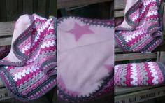 Gehaakte deken met fleece achterkant