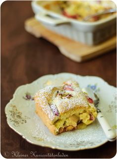 Rhabarber-Clafoutis All You Need Is, Rhubarb Recipes, Soul Food, Sweet Recipes, Baking Recipes, French Toast, Bakery, Goodies, Sweets