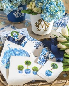 Monogrammed Stationery, Art Hub, City Lights, Table Linens, Chinoiserie, Interior Inspiration, Bloom, Blue And White, Table Decorations