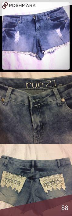 Lacy light denim shorts Rue 21 shorts. Size 7/8 Rue 21 Shorts