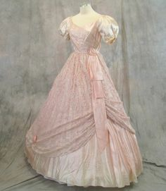 Civil War Ball Gown, Southern Belle Dress Costume Vintage Prom (13F6) #Dress #BridalFormal