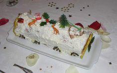 """750g vous propose la recette """"Bûche de Noël à la framboise"""" publiée par bamoua."""