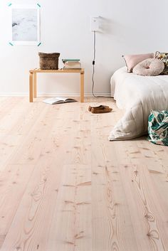 Essence d'Europe : Le Mélèze – Parquet Decor, Home, Wooden Flooring, Decor Design, Flooring, Interior, Beautiful Houses Interior, House Interior, Valby