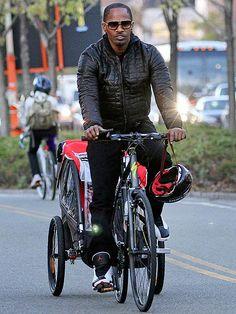 Jamie Foxx embarked on a biking adventure in sunwear style! Lovin' his badass square modernized aviators!