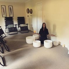 Last night, we had a full house for our New Moon Crystal Bowl Meditation! Here, Joanne is getting ready to welcome her guests, who were in for an evening of pure bliss!    #newmoon #crystalbowls #meditation #roswellga