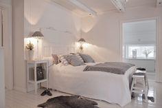 White Bedroom, Dream Bedroom, Modern Bedroom, Bedroom Decor, White Interior Design, Master Bedroom Design, White Houses, White Decor, Decoration