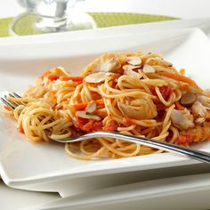 Angel Hair con Tilapia Mild tilapia fish poached in lemon juice and white wine enhance this pasta recipe's vitamin-rich tomato sauce. Tilapia Pasta Recipe, Fish Pasta, Tilapia Recipes, Healthy Pasta Recipes, Healthy Pastas, Fish Recipes, Cooking Recipes, Diabetic Recipes, Seafood Pasta
