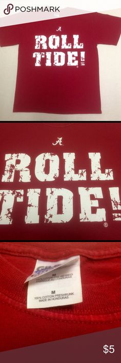 University of Alabama T-shirt University of Alabama  Roll Tide!  Gently worn.   Show your spirit! Great gym shirt. Roll tide! Shirts Tees - Short Sleeve