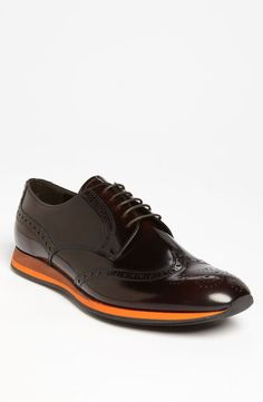 Prada Leather Wingtip = can i pull this look off? Casual Sneakers, Sneakers Fashion, Casual Shoes, Fashion Shoes, Mens Fashion, Mens Shoes Boots, Men's Shoes, Shoe Boots, Dress Shoes