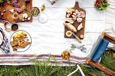 キュートな仲間と、ピクニックに出かけよう! | デザインハンター | ファッション | VOGUE