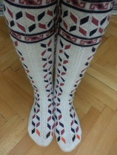 Fair Isle Knitting, Socks, Clothing, Women, Outfits, Sock, Outfit Posts, Stockings, Kleding