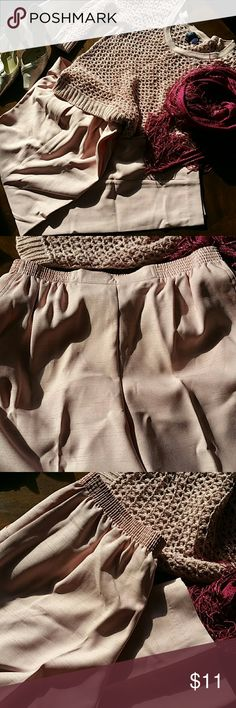 Alfred dunner Alfred dunner slacks. Size 12. Front pockets elasticized waistband 28.5 inseam. Color is rose. Alfred Dunner Pants