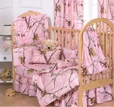 Pink Camo Baby Bedding Set in Realtree Camouflage -  My Dad would get a kick outta this!!!