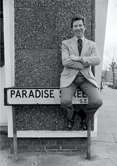 Max Bygrave's Visit to Paradise Street Rotherhithe South East London England in 1974