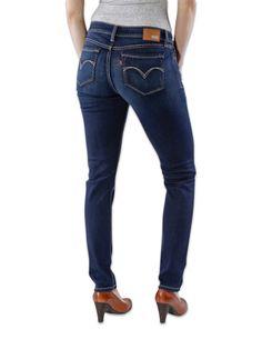 LEVI'S BOLD CURVE CELESTIAL Eine hautenge #Levis Stretchjeans für Damen. Diese schlanke Röhrenjeans bietet einen hohen Tragekomfort. Sie ist an den Knöcheln schmal gehalten und eignet sich deshalb hervorragend als Stiefeljeans.