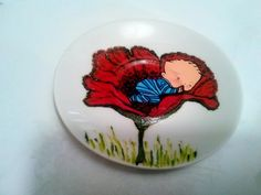 Painted plate- Baby boy in a poppy/ Farfurioară pictată, bebeluş într-un mac Painted Cups, Painted Plates, On October 3rd, December, Greek Pattern, Ceramic Angels, Flower Stands, Coffee Set, Poppy