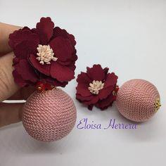 #FloresDeTela #bonbon #PedidoListo #hechoamano #EloisaHerrera #jewelrydesigner #custom #artesania #todaysoutfit #outfitpost #earrings #pendientes #zarcillos #aretes #WorkingMom #MomOf3 #HechoaMano #HandMade #jewelry #EloisaStyle #accesories #fashion #musthave #ootd #fashionwoman #MadeInRD #dominicanrepublic #EarringsOfTheDay #AccesoriosPersonalizados Diy Earrings, Polymer Clay Earrings, Bridal Earrings, Earrings Handmade, Handmade Jewelry, Funky Jewelry, Fabric Jewelry, Jewelry Art, Handmade Rakhi