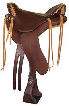 Endurance Saddle with slick seat, tan lace, cavalry pouch, cutback skirts with bulkless rigging.