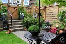 Mały ogródek przed domem – jak go urządzić? Kilka pomysłów na aranżacje