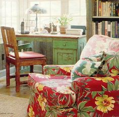 gold country girls: Fabulous Upholstered Chairs
