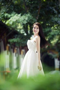 Thu Thao Dang - Miss Vietnam 2012