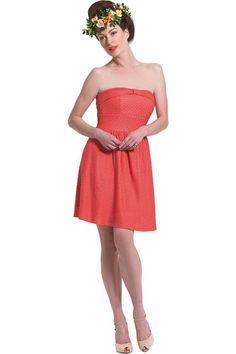 8c622d8a66c6 Φόρεμα διογκωμένο γκοφρέ στράπλες σε γραμμή άλφα με σούρα στην πλάτη και  φάσα με θυλάκι εμπρός