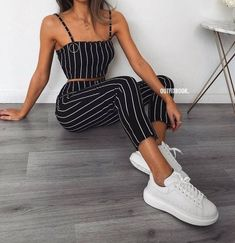 Chic and casual outfits 2019 charming, spring summer outfits ideas nice gorgeous teen fashion outfits Teen Fashion, Fashion Outfits, Womens Fashion, Fashion Spring, Fashion Styles, Fashion Trends, Style Fashion, Feminine Fashion, Fashion Mode