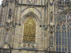 """Szent Vitus székesegyház """"arany ablak"""""""