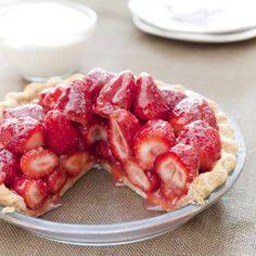 The key to this dessert's bright flavor—plump, uncooked berries—can also be its soupy downfall. But how do you firm up the filling without making…