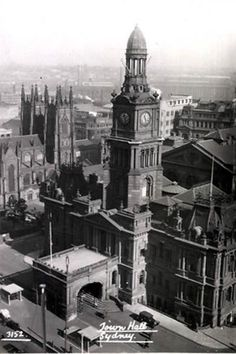 Sydney Town Hall, NSW. To see all our old postcards of Australia, visit http://oldstratforduponavon.com/australia.html