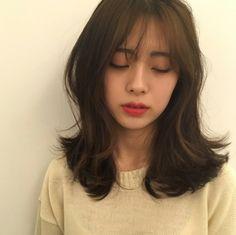 p 553 × 551 Pixel Pelo Ulzzang, Ulzzang Hair, Girl Short Hair, Short Hair Cuts, Middle Hair, Korean Short Hair, Medium Hair Styles, Long Hair Styles, Shot Hair Styles