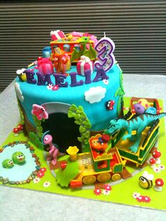 Dinosaur Cake Decorations Nz : Dinosaur Train Party on Pinterest Dinosaur Train Cakes ...