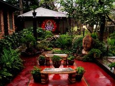 photo of balinese garden Balinese Garden, Bali Garden, Asian Garden, Tropical Garden Design, Garden Posts, Beautiful Flowers Garden, Rooftop Garden, Garden Theme, Outdoor Landscaping