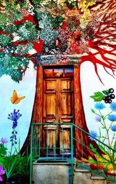 Door and painted entrance - Damanhur, Piedmont, Italy Grand Entrance, Entrance Doors, Doorway, Cool Doors, Unique Doors, When One Door Closes, Deco Originale, Door Gate, Painted Doors