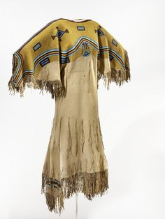 Dress // Sioux // 1865