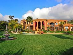 beautiful homes and great estates in pictures | Lisa Guerrero and Steve Erickson in Malibu, Estate of the Day