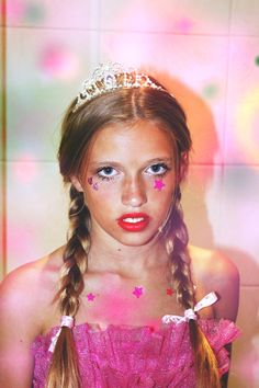 Image uploaded by Heartsrevolution. Find images and videos about girl, pink and princess on We Heart It - the app to get lost in what you love. Grunge, Prom Queens, Chor, Kawaii, Girl Gang, Up Girl, Look Cool, Pretty In Pink, Pretty Girls