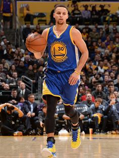 Warriors Guard Stephen Curry Named Kia NBA Most Valuable Player Nba Players, Basketball Players, Golden State Warriors Basketball, Stephen Curry Pictures, Curry Warriors, Curry Basketball, Nba Championships, Amazing Spiderman, Basketball