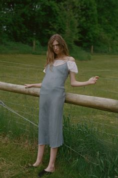 See the complete Organic by John Patrick Resort 2017 collection.