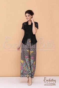 CA.10551 Zabrina Black Lace Top Catalog Kulot Batik, Blouse Batik, Kain Batik, Batik Solo, Batik Dress, Blouse Dress, Kimono, Kebaya Lace, Kebaya Brokat
