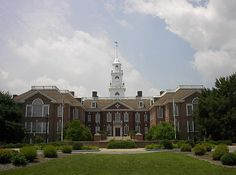"""Photo: Delaware state capitol, Dover, Delaware. Credit: Joshua Daniel Franklin; Wikimedia Commons. Read more on the GenealogyBank blog: """"Delaware Archives: 33 Newspapers for Genealogy Research."""" https://blog.genealogybank.com/delaware-archives-33-newspapers-for-genealogy-research.html"""